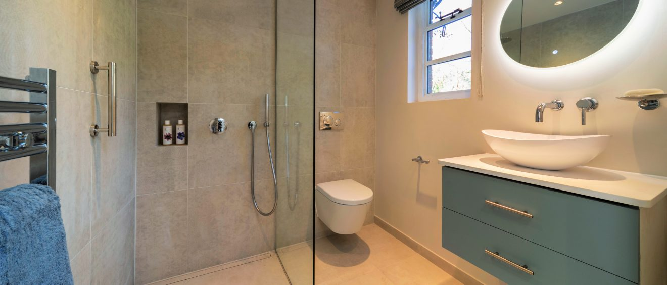 Wheelchair_Friendly_Bathroom_Design