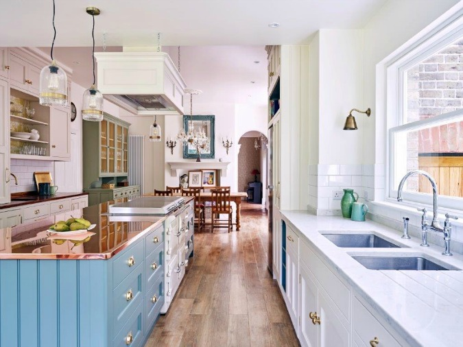 an-eclectic-victorian-kitchen-in-surrey-by-woodstock-kitchens-the-decorcafe-network
