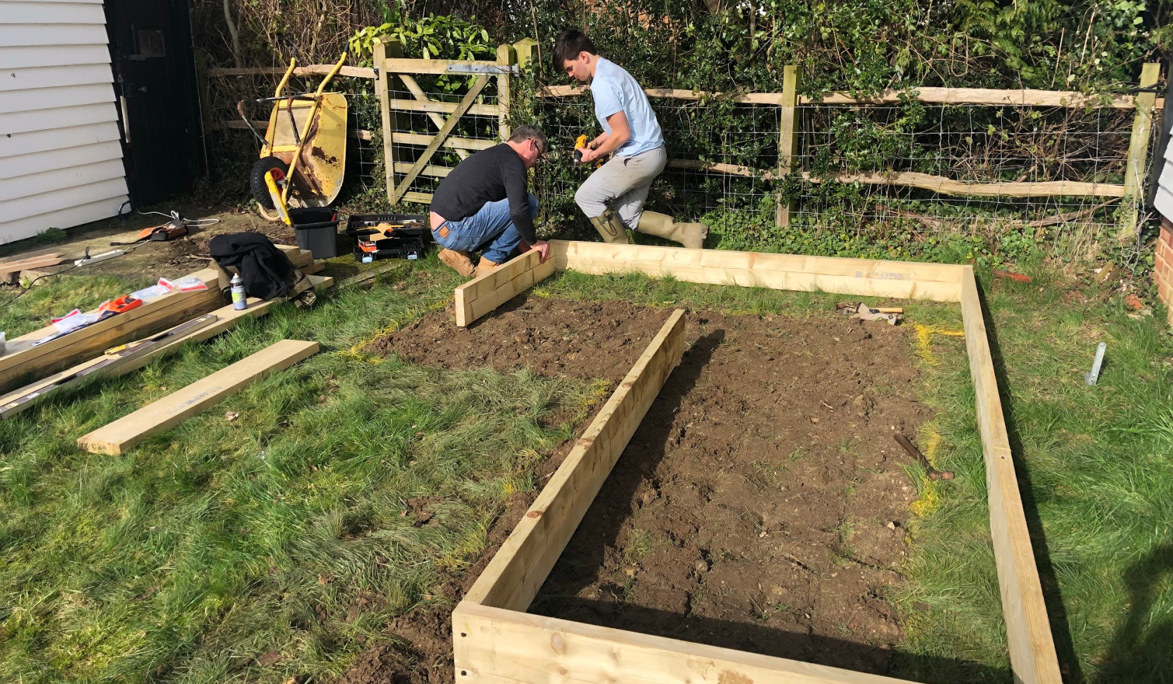 building the veggie box