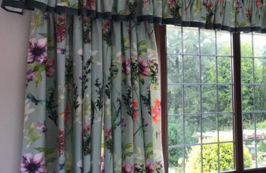frilled pelmet and curtains